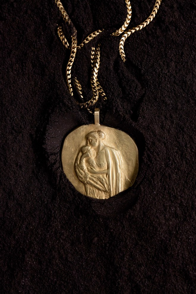 14-kanye-jewelry-7