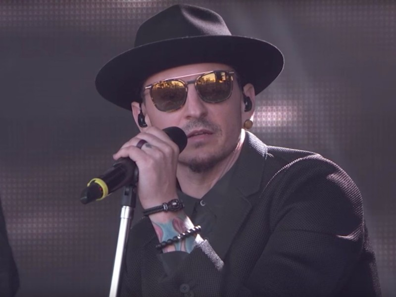 Linkin Park's Chester Bennington Commits Suicide At 41